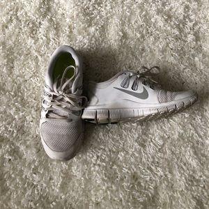 Nike Free Run 5.0 - All white